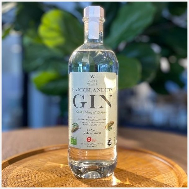 Bakkelandets Gin - With a touch of Kaukasus - 47% alc. 50 cl.